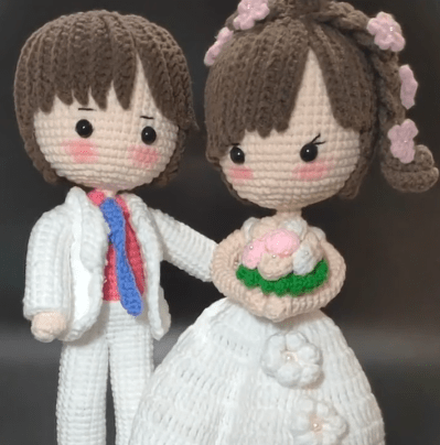 sweet crochet Bride and groom amigurumi doll